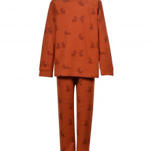 Woody jongens pyjama lang in fleece. Overall print de geit in roest.
